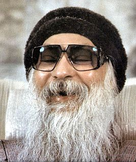 osho laughing